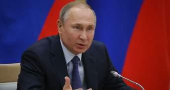 Путин повел Россию более авторитарным путем, чем поздний Советский Союз, – Волкер