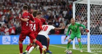 Сувора дискваліфікація Угорщині і смішний штраф Англії: подвійні стандарти УЄФА на Євро-2020