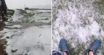 Пока в Украине аномальная жара: на высокогорье Карпат выпал снег