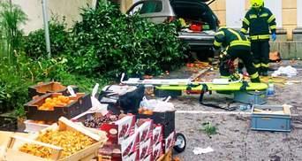 Водитель въехал в толпу в Австрии: есть пострадавшие