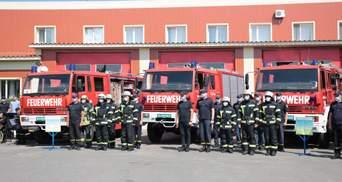 Луганские чрезвычайники получили 9 новых спецавтомобилей