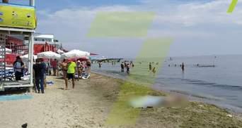 Витягнули тіло та залишили на пляжі: в Одесі люди відпочивали разом із трупом – фото