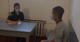Вдарив ножем у груди: на Львівщині чоловік ледь не вбив власного брата – фото