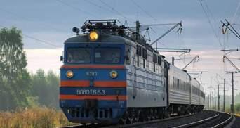 Готовятся запускать поезд: УЗ построила колею в Чернобыльскую зону отчуждения