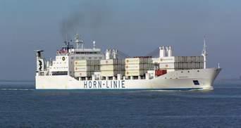 10 українців застрягли на зламаному судні біля берегів Африки, є загиблий