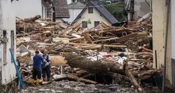 Меркель говорить про катастрофу: кількість жертв руйнівної повені в Німеччині зросла до 81