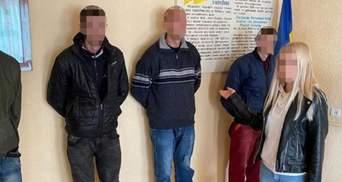 Намагався зґвалтувати 2 дівчат впродовж пів години: на Львівщині покарали рецидивіста