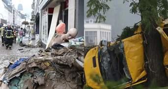 Ніби знімають фільм про апокаліпсис: фото і відео наслідків смертельної катастрофи у Німеччині
