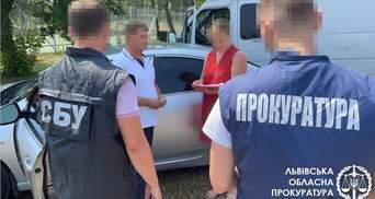 Правоохранители поймали на взятке чиновника Львовугля: фото