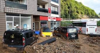 Наводнение и оползни в Турции унесли жизни 6 человек, еще 2 пропали без вести: фото