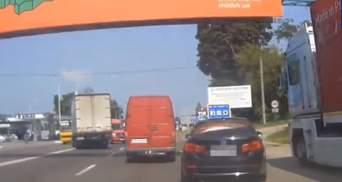 Львовянин под наркотиками устроил безумные гонки на трассе Киев – Чоп: видео