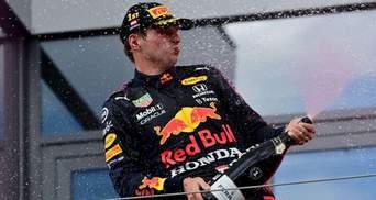Формула-1: Ферстаппен выиграл первый спринт в Великобритании, Хэмилтон стал вторым