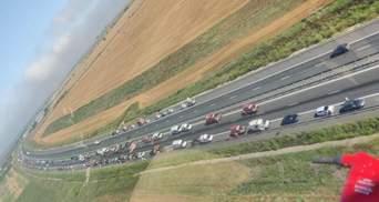 Серия ДТП на румынской трассе: столкнулись 55 авто – много пострадавших