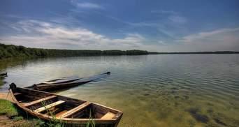 На Світязі здійнявся чималий шторм: з озера витягли майже 20 людей