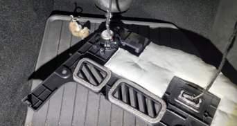 Владельцы Tesla шоке: жалуются на то, что авто грызут крысы – фото