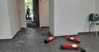 Пограбування банку в Києві: у поліції довго не могли порахувати, яку суму забрала зловмисниця