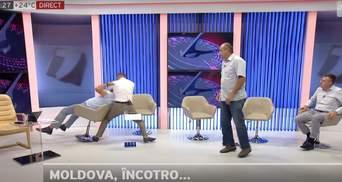 До потери сознания: в Молдове политики жестко подрались в прямом эфире – видео