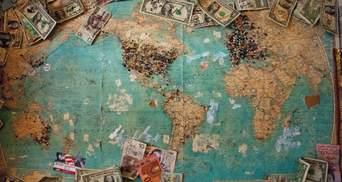 Какой должна быть зарплата в Украине, чтобы прекратилась массовая эмиграция: мнения экспертов