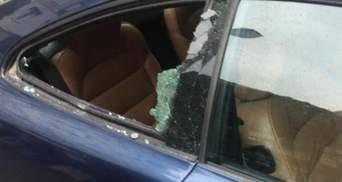 Ніхто й не помітив: у Львові рецидивіст посеред білого дня пограбував авто – фото
