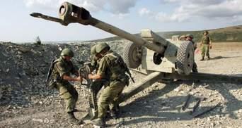 """Гаубиці та танки на лінії відведення: бойовики ігнорують домовленості про """"тишу"""""""