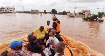 Індію знову накрили проливні дощі: щонайменше 159 людей загинули