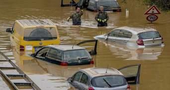 Спасатели показали, как Украина и мир страдают от погодных катаклизмов: видео