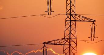 Тарифи на електроенергію ще не зростатимуть: уряд відтермінував здорожчання