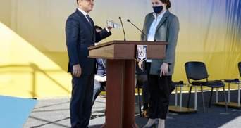 Вслед за мужем: Кабмин согласовал увольнение жены Хомчака, которая возглавляла Черниговскую ОГА