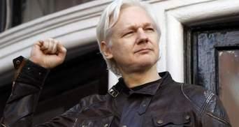 Еквадор позбавив засновника WikiLeaks Джуліана Ассанжа громадянства