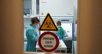 Цифры снова растут: в Украине за сутки обнаружили почти 850 новых больных COVID-19