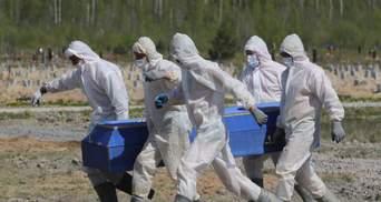 Уже в третий раз: Россия бьет свои рекорды смертности от коронавируса – свежие данные