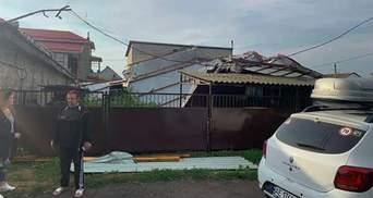 Валило деревья и срывало крыши: непогода накрыла Харьковскую и Днепропетровскую области – видео