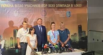 З квітами та аплодисментами: у Києві зустріли бронзову призерку Олімпіади Еліну Світоліну – фото