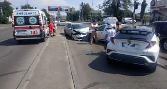 В Одесі п'яний водій протаранив 5 авто та пропонував хабар патрульним