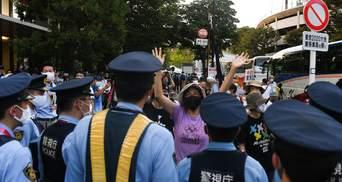В Токио вспыхнули протесты перед закрытием Олимпиады-2020: фото