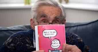 Понад 50 років родичі відправляють одне одному однакові листівки: оригінальна традиція