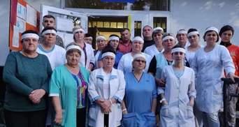 На Львовщине медики объявили голодовку из-за невыплаты зарплаты: фото
