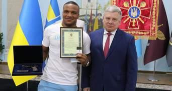 """Беленюк отримав нагородний пістолет за """"золото"""" на Олімпіаді в Токіо"""