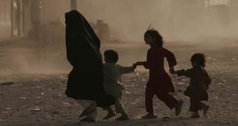 Готова прихистити ще більше: Велика Британія прийняла 3 тисячі біженців з Афганістану