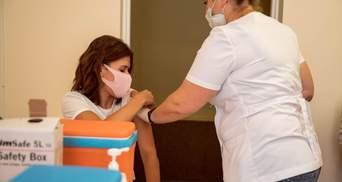 У США затвердили вакцинацію третьою дозою щеплення проти коронавірусу: якими препаратами