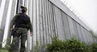 Проти мігрантів: Греція поставила огорожу з колючим дротом на кордоні з Туреччиною