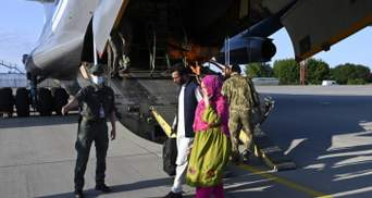 Украинский самолет стал последним, который вылетел из аэропорта Кабула до его закрытия