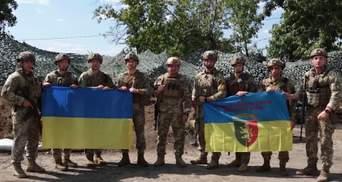 Жодне карликове падло не може забрати нашу Незалежність, – військові з передової вітають Україну