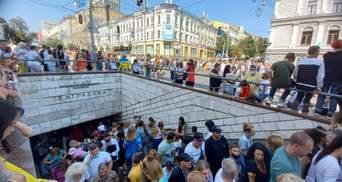 После парада ко Дню Независимости в метро Киева образовался коллапс – впечатляющие фото и видео
