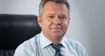 Зеленский вручил орден регионалу, который был против Майдана, – ЧЕСНО