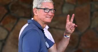 Тім Кук отримав від  Apple майже 800 мільйонів доларів  та відзначився щедрим жестом
