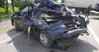 Вблизи Львова столкнулись 4 автомобиля: погиб ребенок