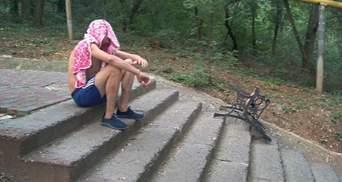 Одессит украл скамейку и начал бросаться на полицию: чудом избежал ответственности