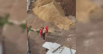 Проломило голову металлом: на стройке в Харькове произошла трагедия