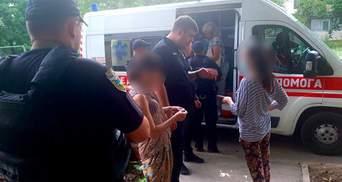 Дети запущенные, а родители пьянствуют: в Одессе со скандалом забрали из семьи 5-летнюю девочку